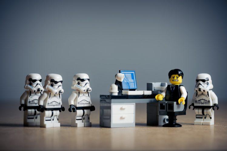 office-2539844_1920